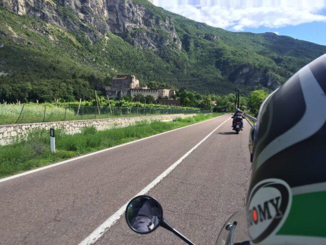 italiainpiega-pieghe meravigliose-itinerari moto nord italia-val d'adige