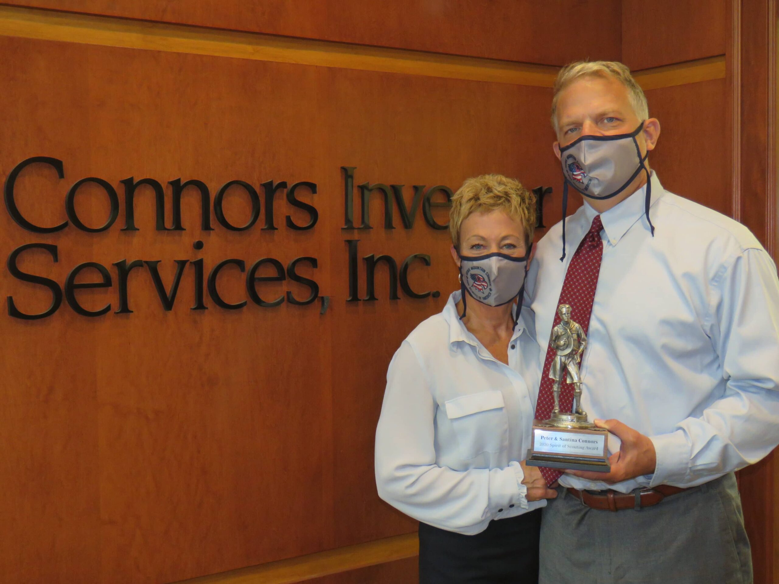 """Peter Connors and his wife Santina receive the """"Spirit of Scouting Award"""""""
