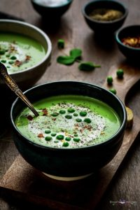 Roasted Garlic Green Peas Soup
