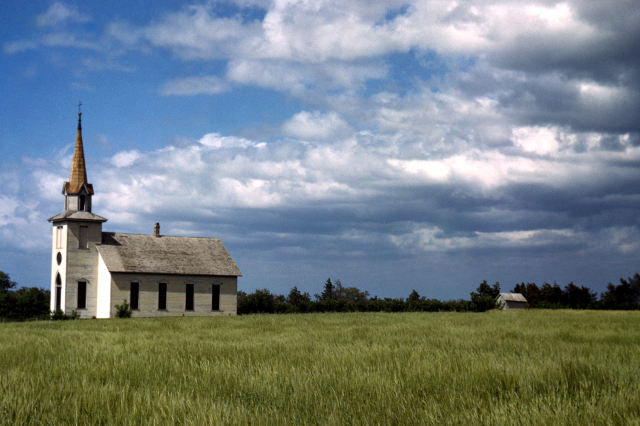 Churchwtihfieldsmall
