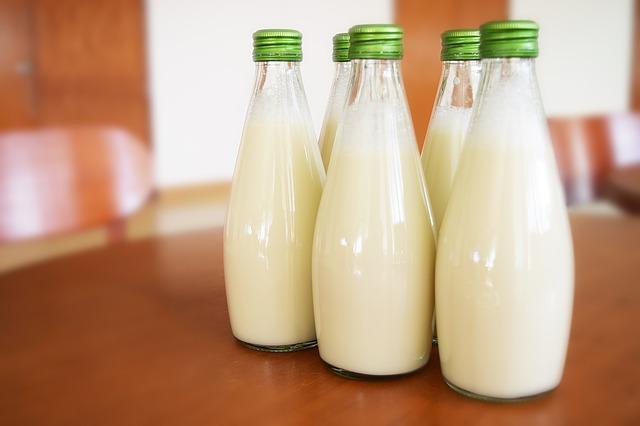 milkglasses
