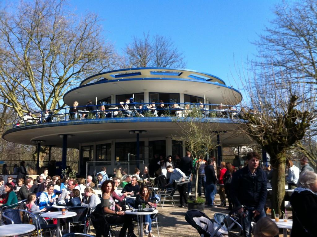 't Blauwe Theehuis - Vondelpark cafe