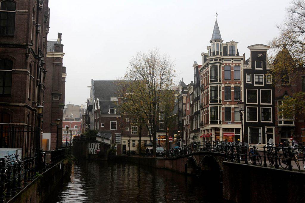TOP 20 COZYBARS IN AMSTERDAM