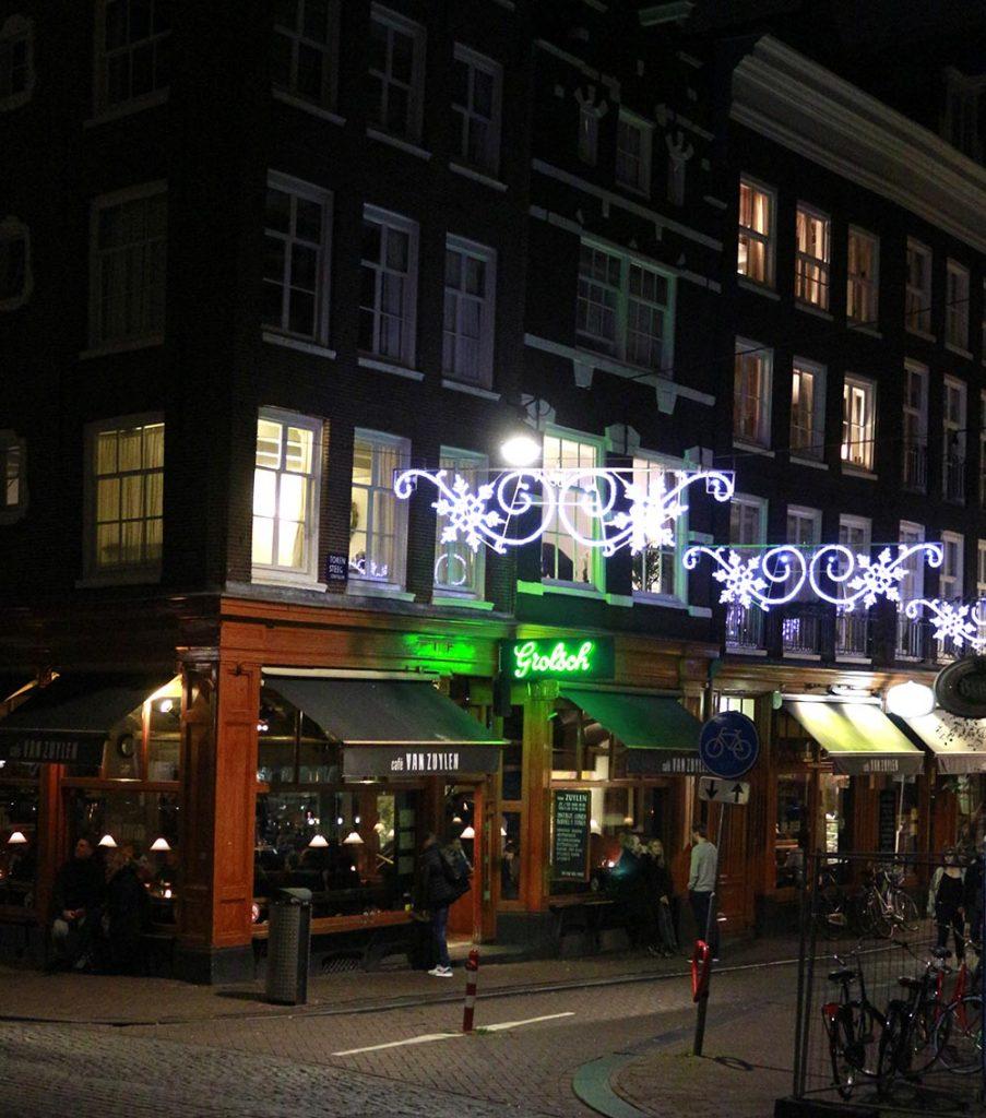 TOP 20 COZYBARS IN AMSTERDAM - cafe van zuylen