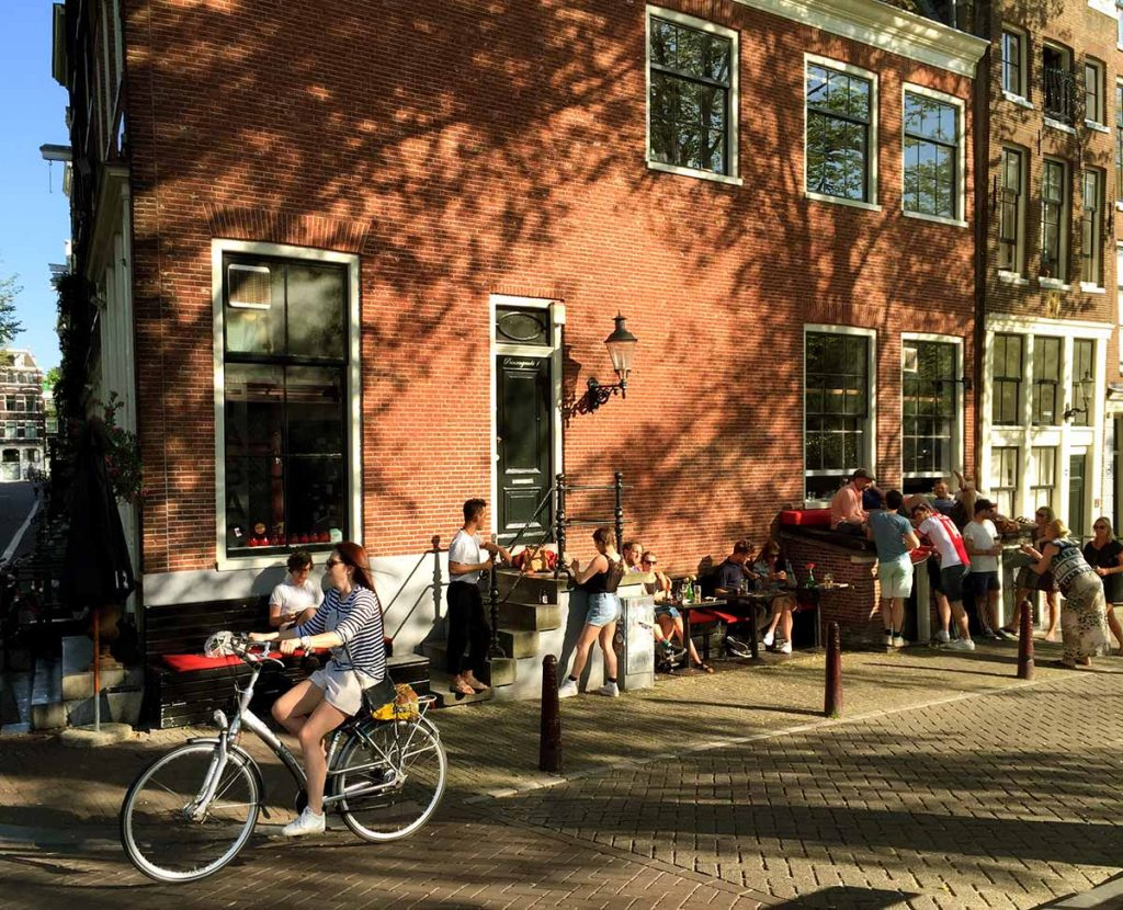 Amsterdam's Coziest Cafes - tabac