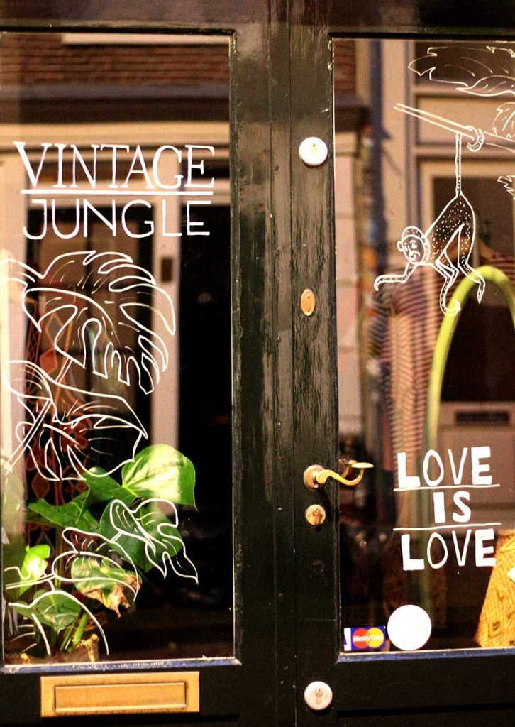 BEST VINTAGE CLOTHING SHOPPING IN AMSTERDAM - vintage jungle