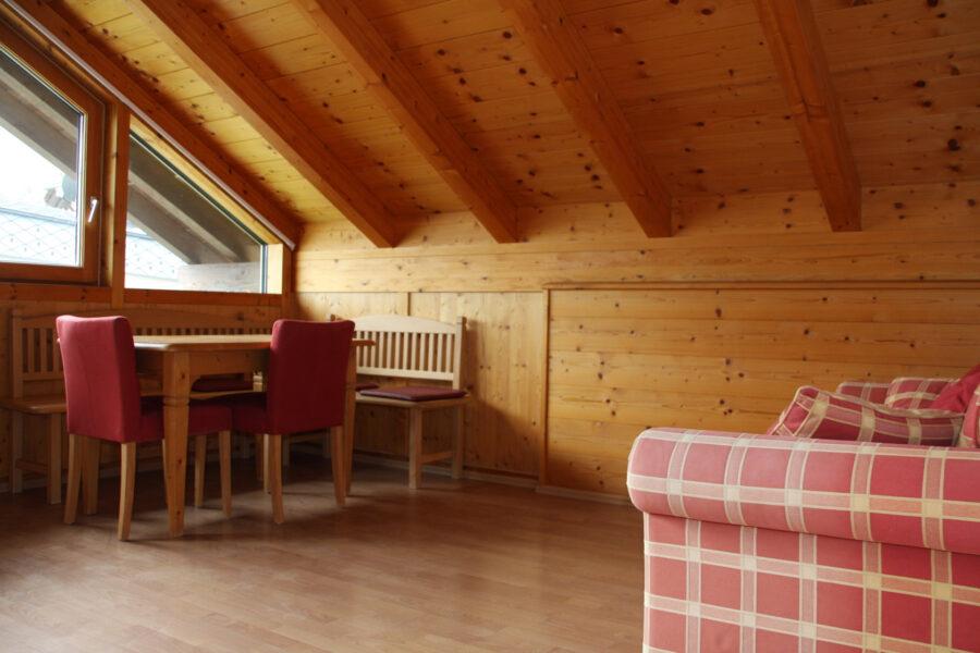 Apartment Mendel Essbereich mit Sitzecke
