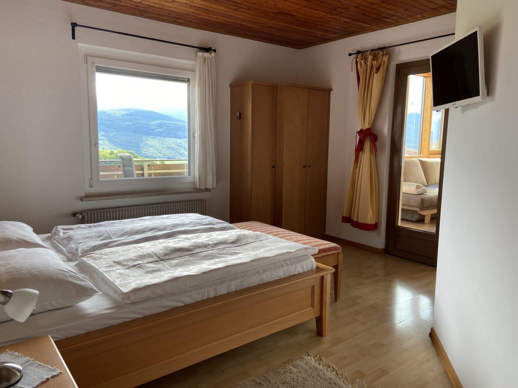 Apartment Leuchtenburg Schlafzimmer