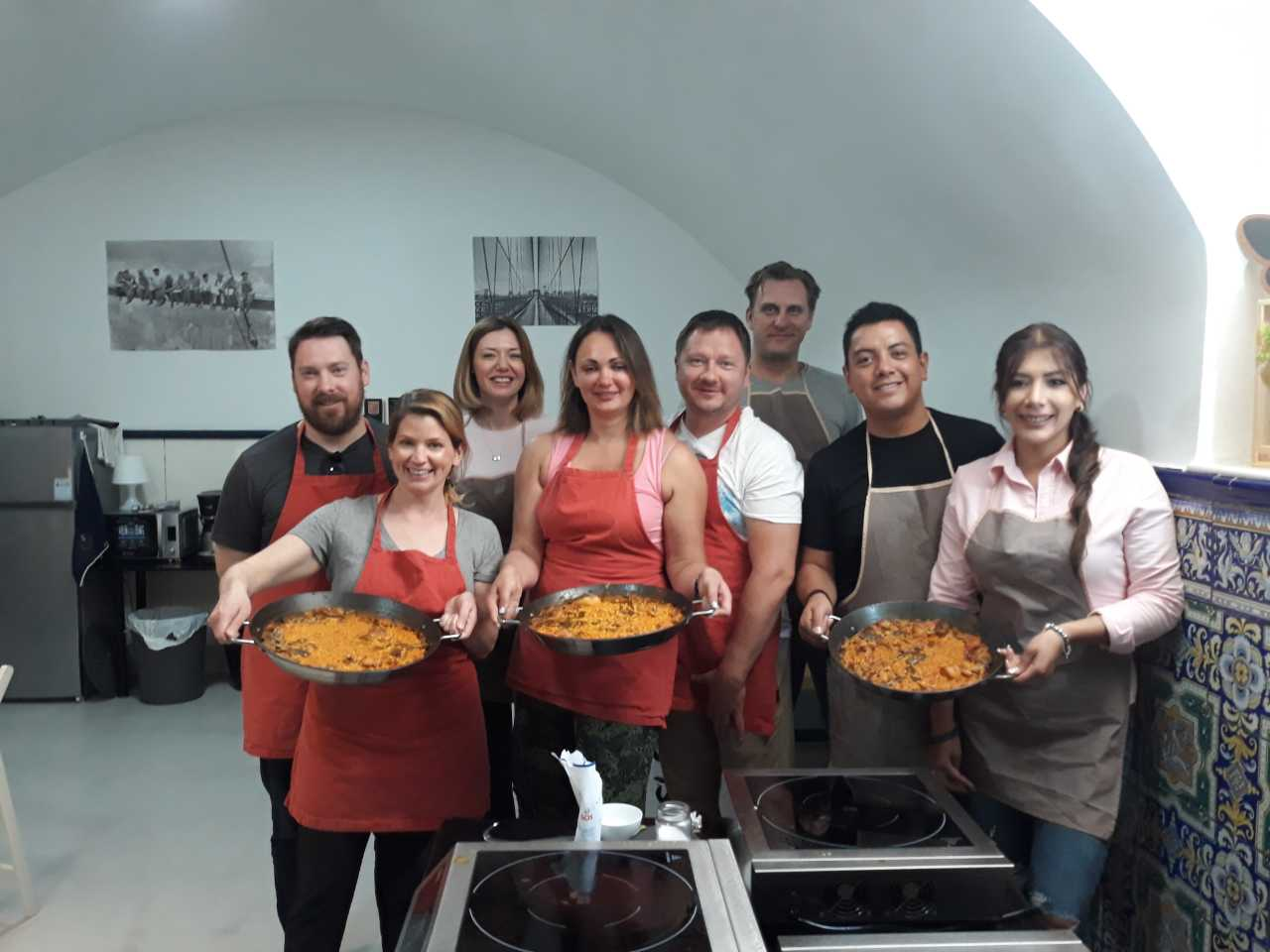 Llearn to Make an Authentic Paella