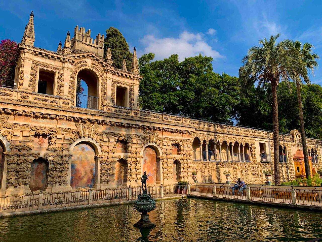 Slip the Line Exclusive Tour of Alcazar in Seville