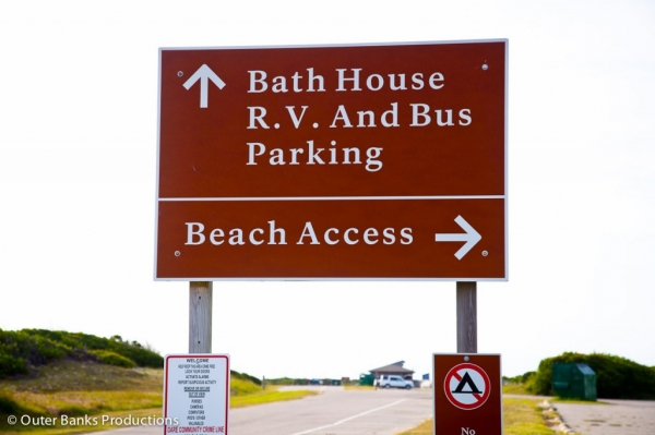 Coquina Beach Bath House Parking Sign
