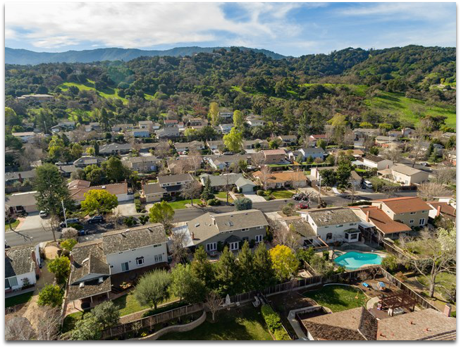 Aerial view of Belwood of Los Gatos neighborhood 2016