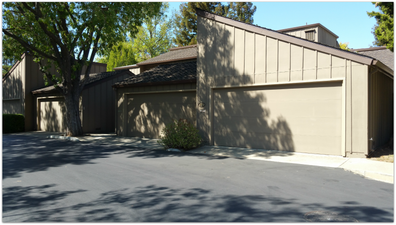 Charter Oaks garages with courtyard entrances