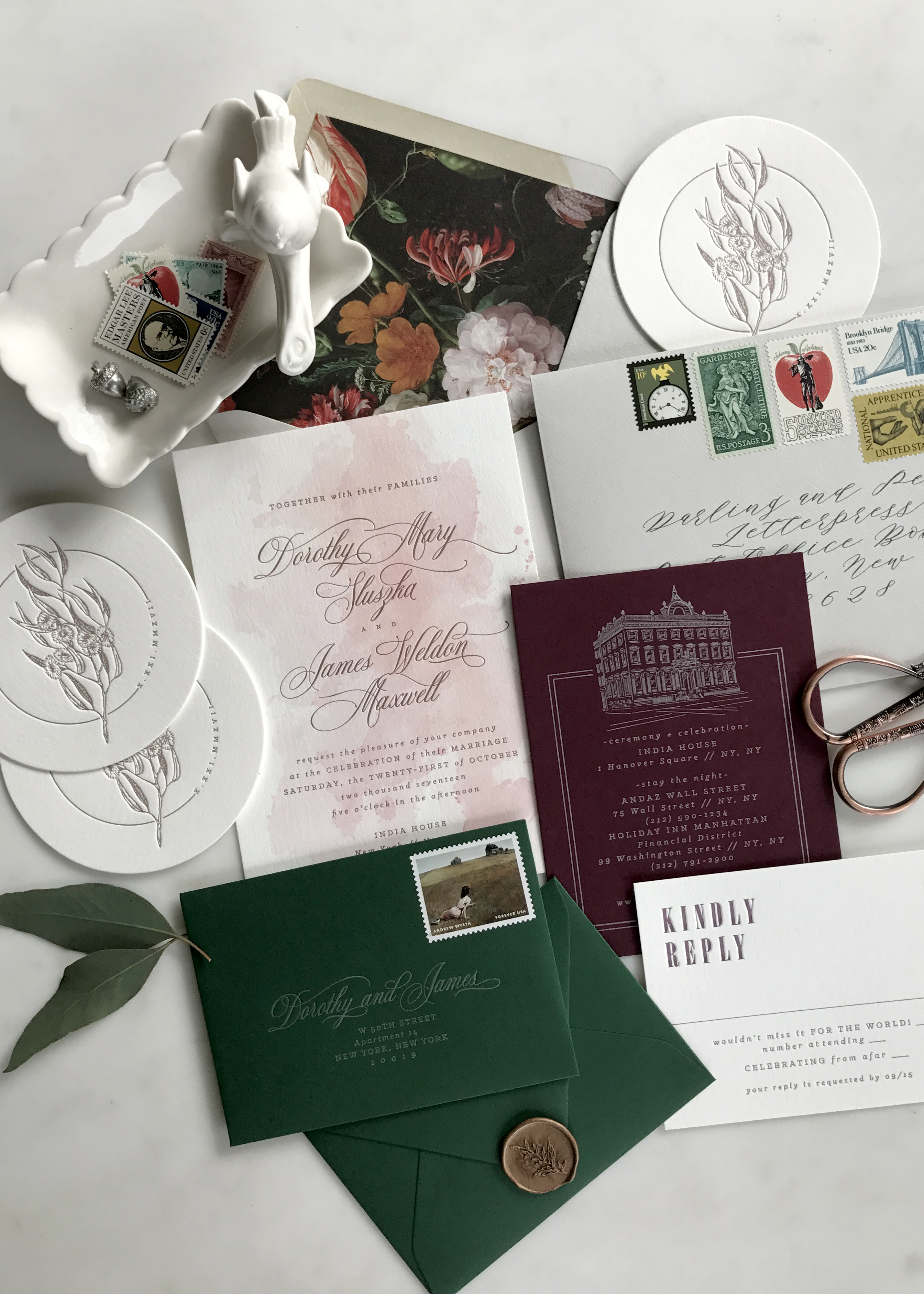 A boho chic invitation suite that is perfect for an outdoor wedding. Check out the blog for garden wedding inspiration and ways you can make your day unique!