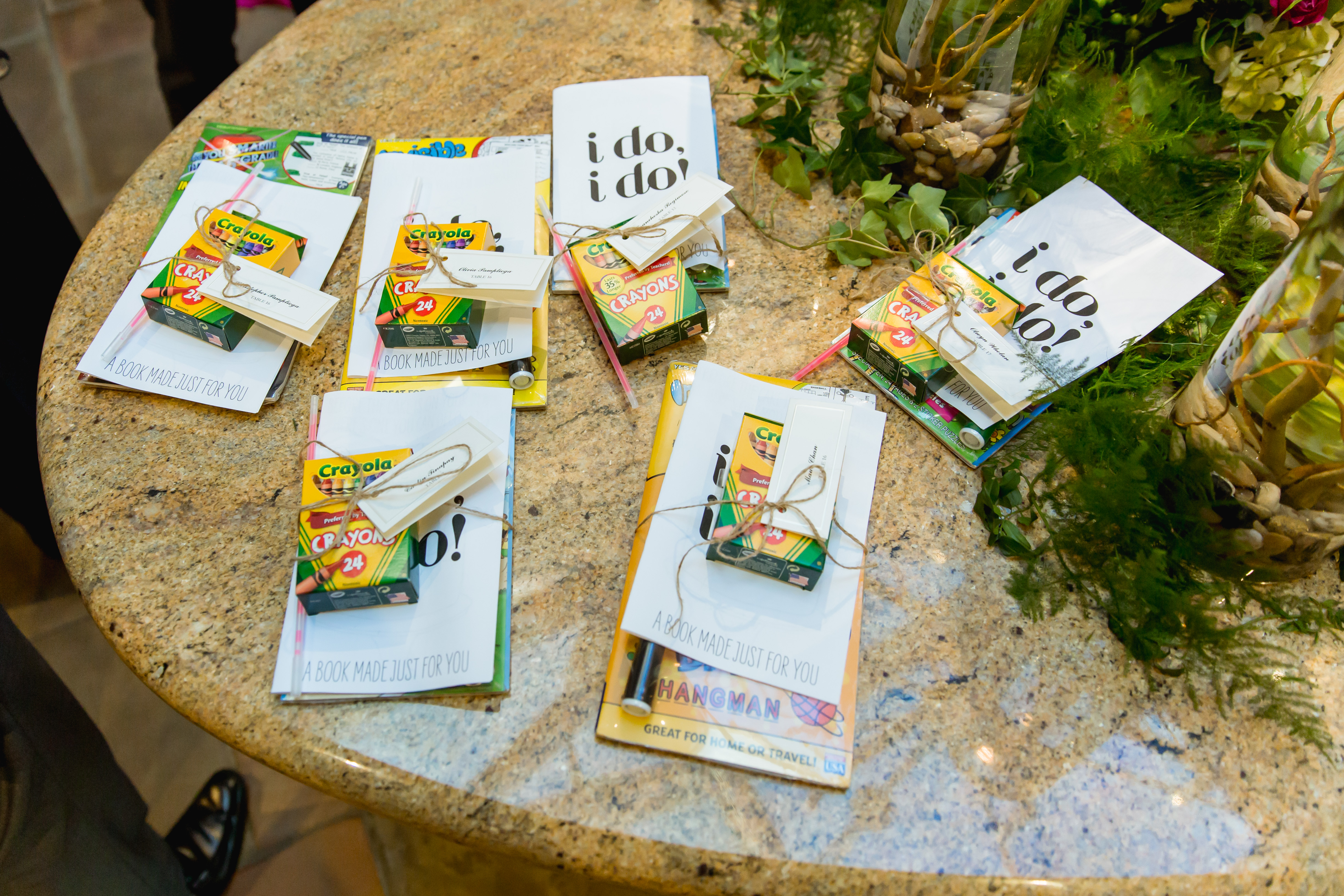 favors for kids at a wedding
