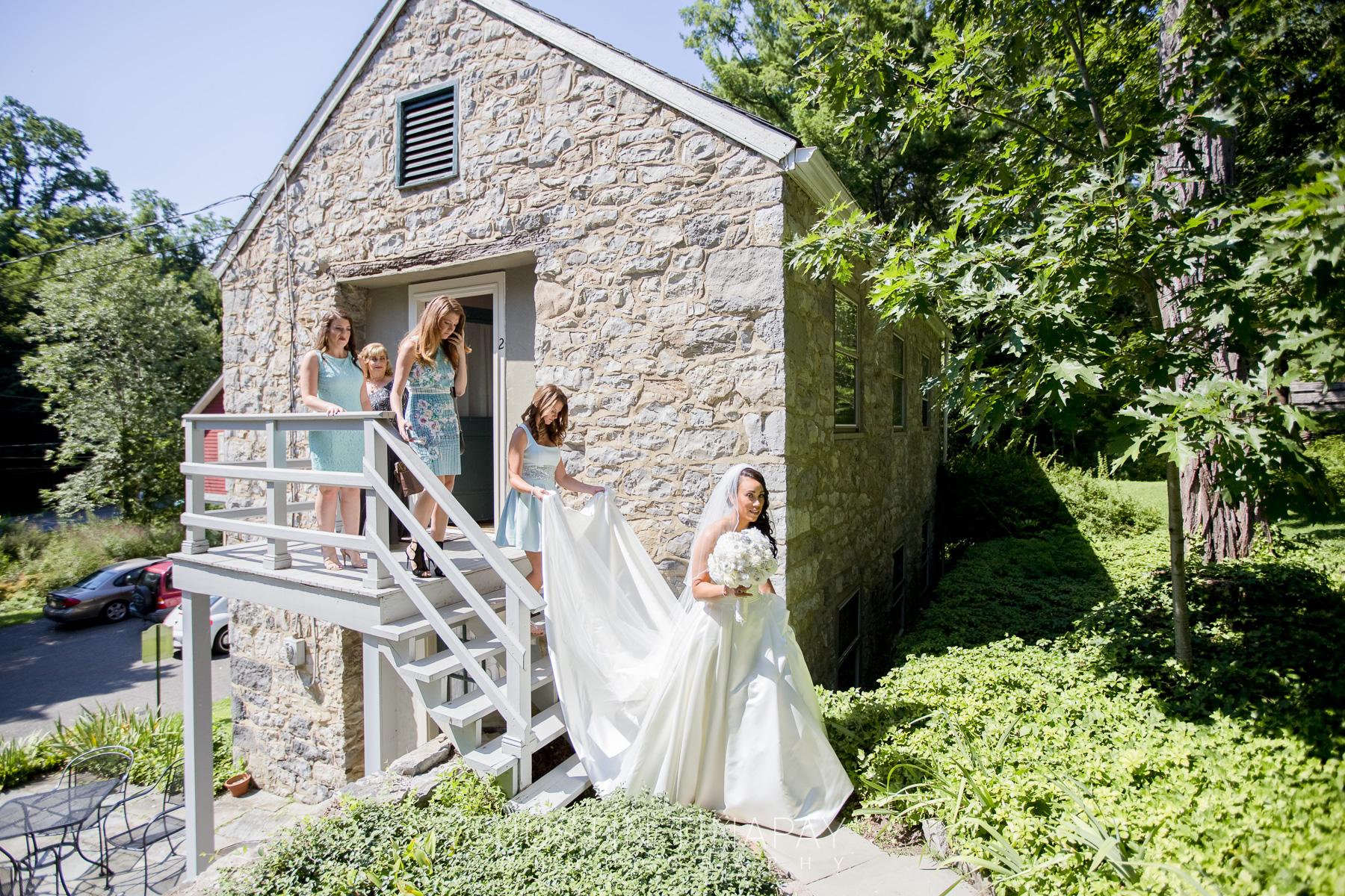 mother of the bride wedding planner ct