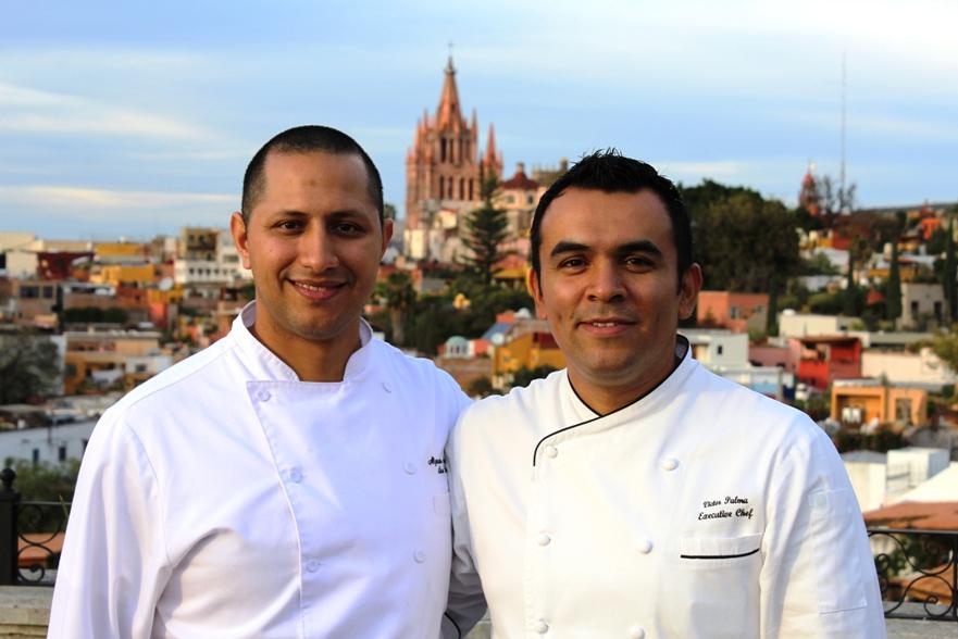 Sous Chef Alejandro Meléndez (left) and Executive Chef Víctor Palma