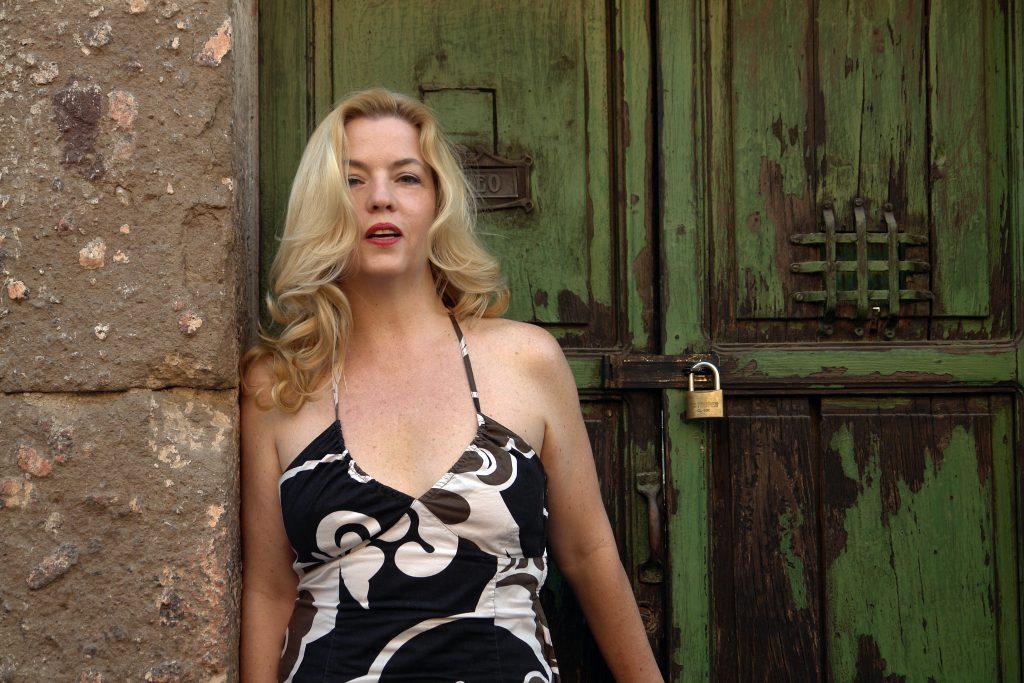 Sarah Hoch 1 (fotografia zonagrafica.com.mx)