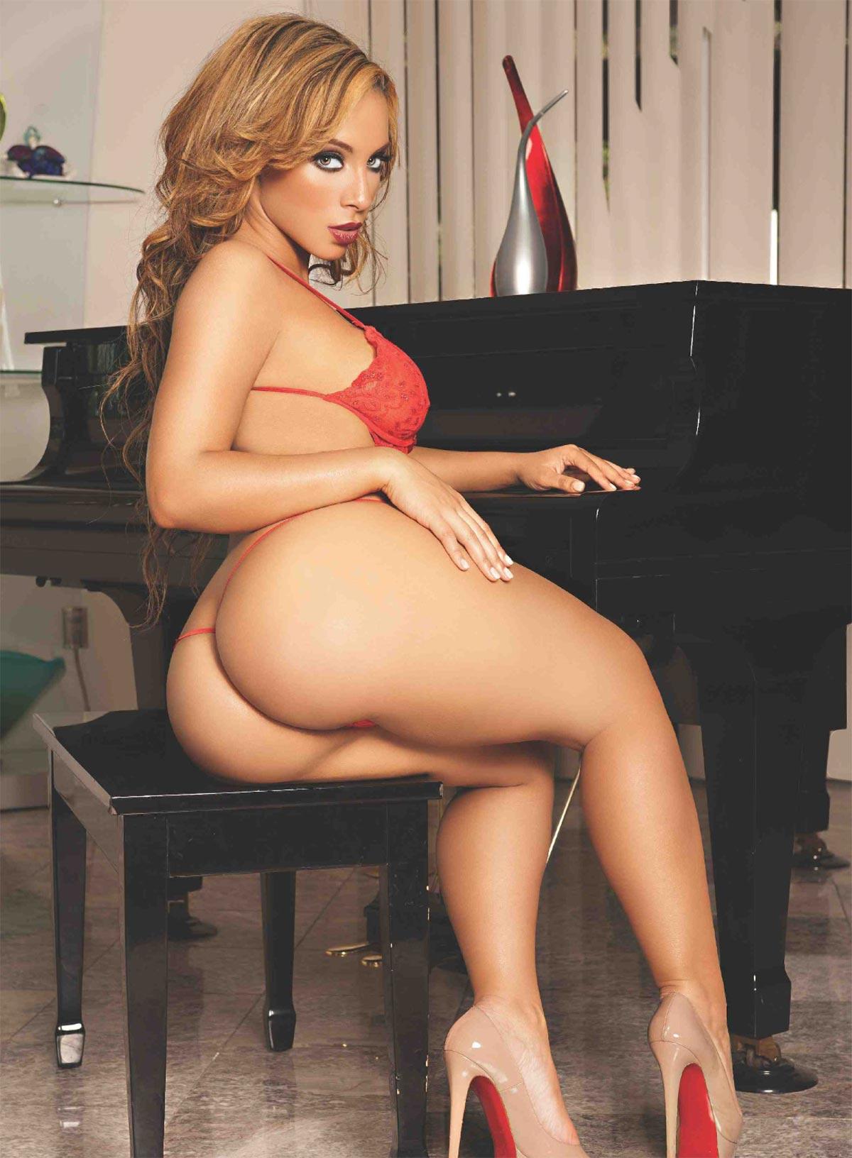 black female model porn
