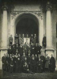 1933. Diciembre, 28, Congreso universitario de estudiantes católicos en Roma