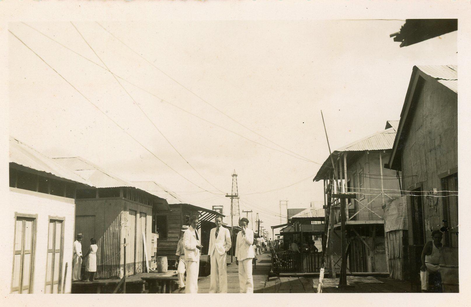 1937. Lagunillas, estado Zulia. Gira con la UNE