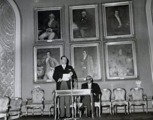 1959. Como Presidente de la Cámara de Diputados del Congreso Nacional.