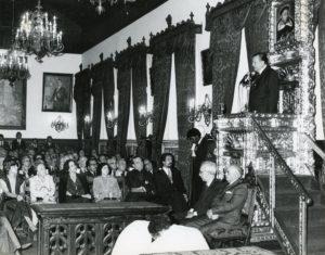 1979. Abril, 20. En el paraninfo del Palacio de las Academias durante homenaje de la UCV a RC