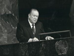 1994. Septiembre, 30. Discurso en el 49 periodo ordinario de sesiones de la ONU.