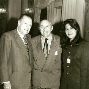 1994. Agosto. Con Bettsimar y Simón Díaz en el Palacio de Miraflores