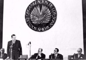 Rafael Caldera en la OEA