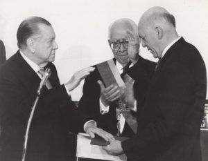 1994. Febrero 2. Toma de posesión Rafael Caldera segundo periodo
