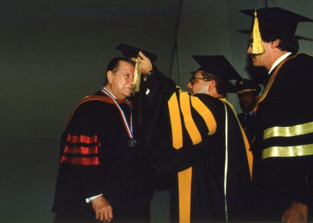 Rafael Caldera Honoris Causa.