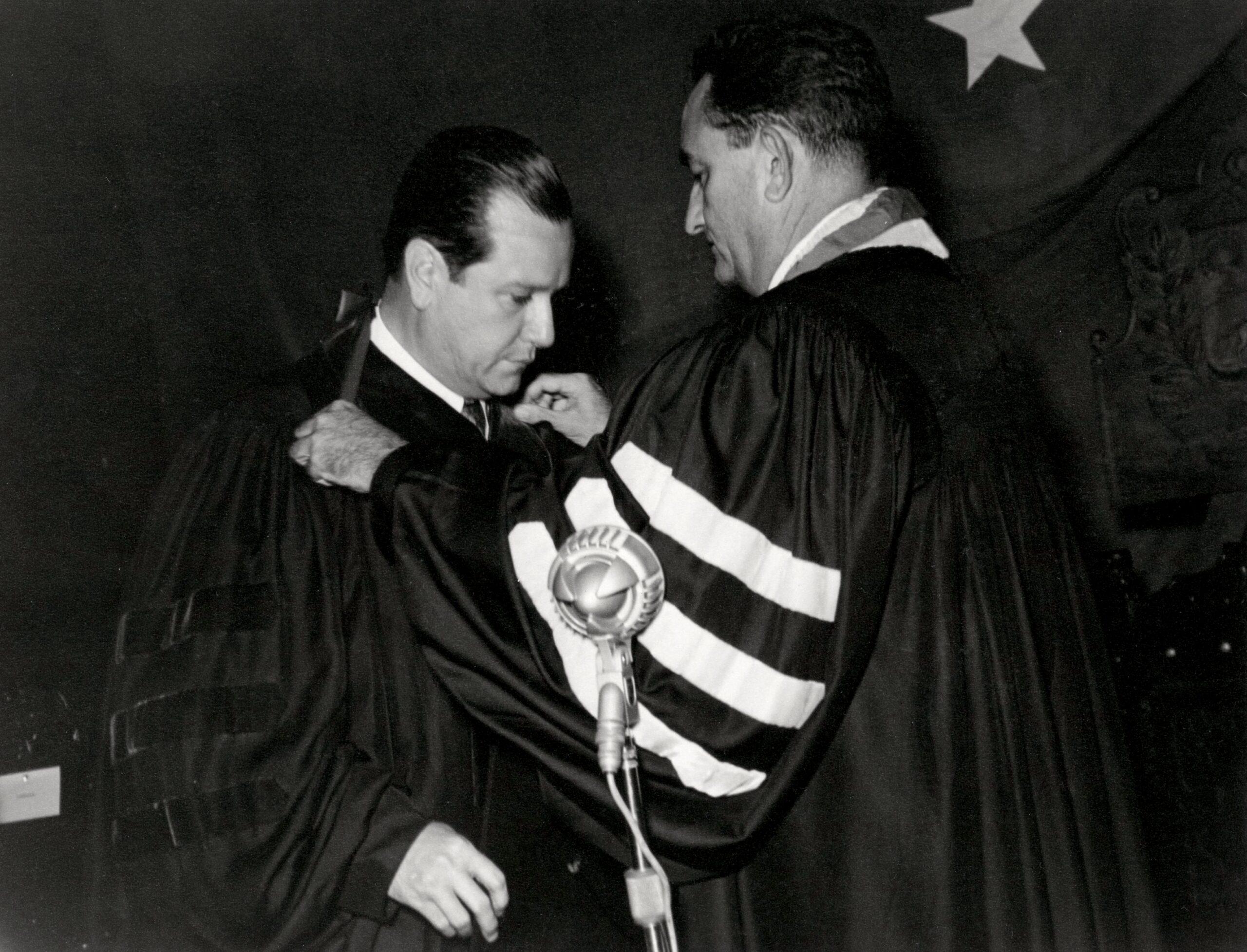 Octubre 20 1958 Maracaibo RC profesor honorario Universidad del Zulia 001