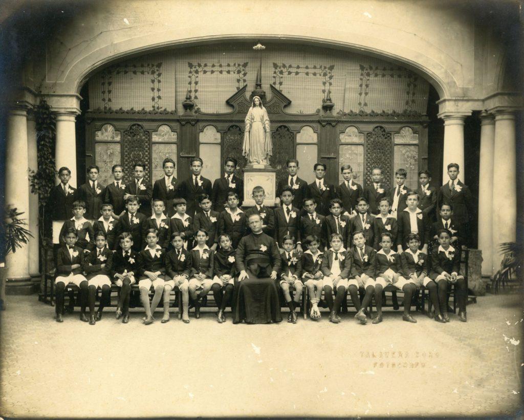 1923. Clase Colegio San Ignacio de Loyola.
