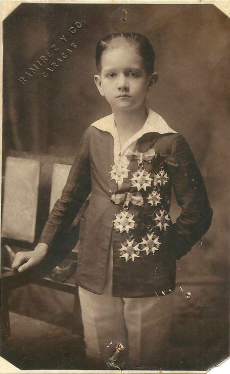 1924. Premiación de fin de curso en el Colegio San Ignacio