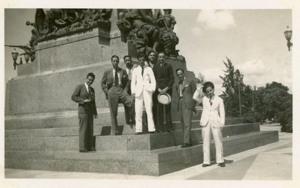 1936. Barquisimeto. La UNE en el Parque Ayacucho.