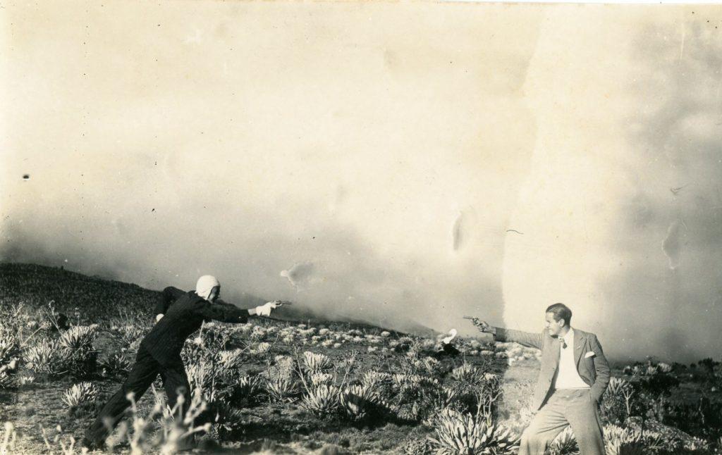 1936. Laguna de Mucubají, páramo merideño, imitando, con Pedro José Lara Peña, el duelo de Rufino.