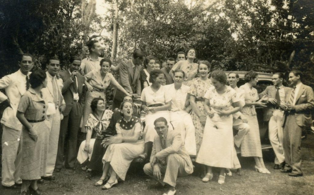 1936. La UNE de visita en Los Teques.