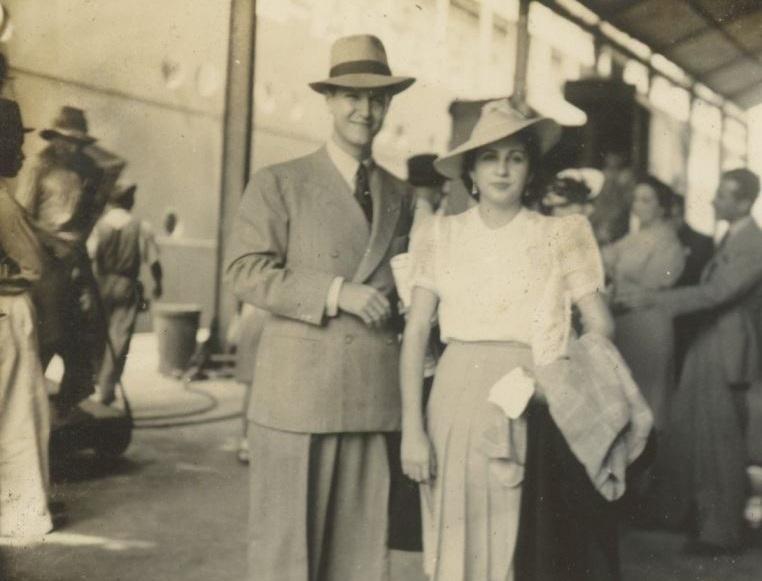 1941. Agosto, 14. Rafael Caldera y Alicia Pietri durante su Luna de Miel.