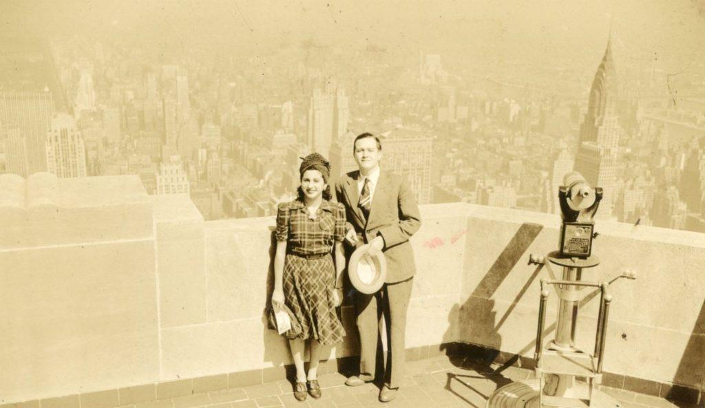 1941. Agosto. Alicia Pietri y Rafael Caldera durante su Luna de Miel en Nueva York.