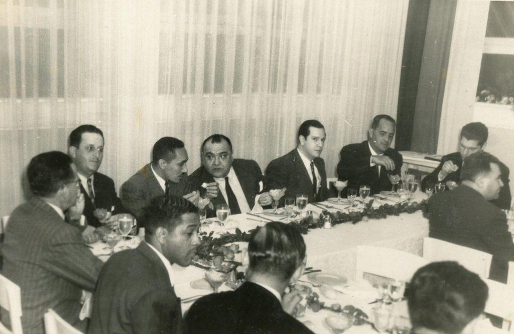 1946. Febrero, 4. Banquete de la Asociación de Constructores, Hotel Waldorf, Caracas.