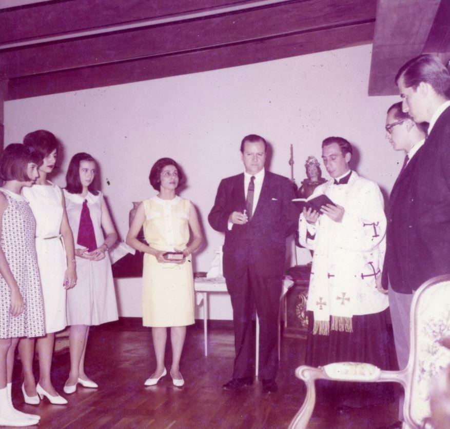 Tinajero Rafael Caldera y Alicia 1965