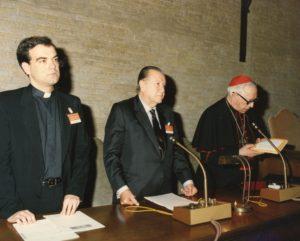 1992. Mayo, 11 y 12. Conferencia en el Simposio Historia de la evangelización en América, Roma.