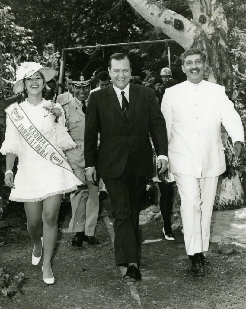1969. Junio, 28. 20 años de vida artística de Juan Vicente Torrealba.