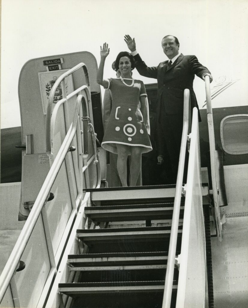 1970. Junio, 5. Despedida a su regreso a Caracas desde USA, a bordo del Coloso de Viasa.