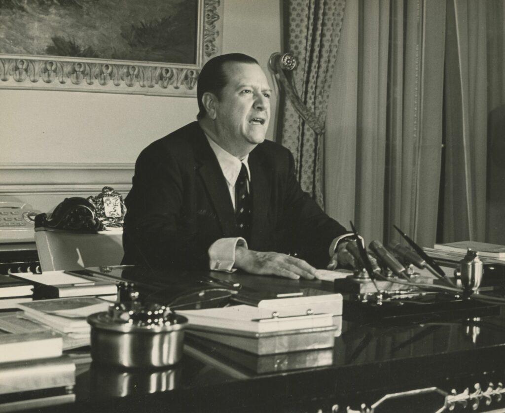 1971. Alocución presidencial desde el despacho en Miraflores.