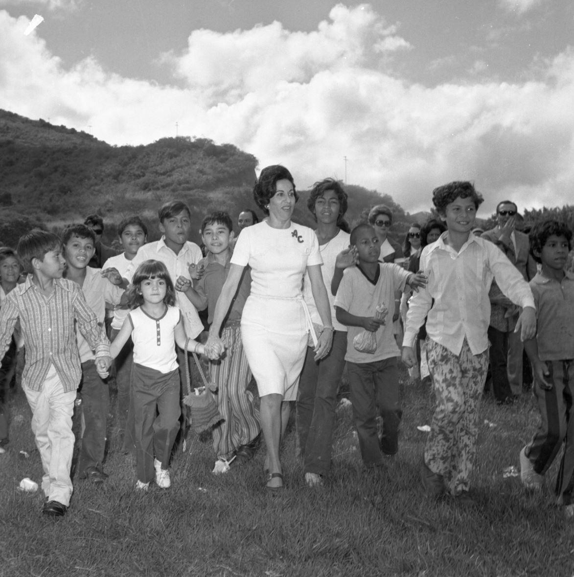 1974. Enero, 20. Alicia Pietri de Caldera: Ahora quiero más a mi país