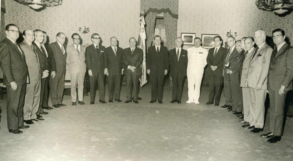1972. Marzo, 13. Foto del Gabinete en pleno.