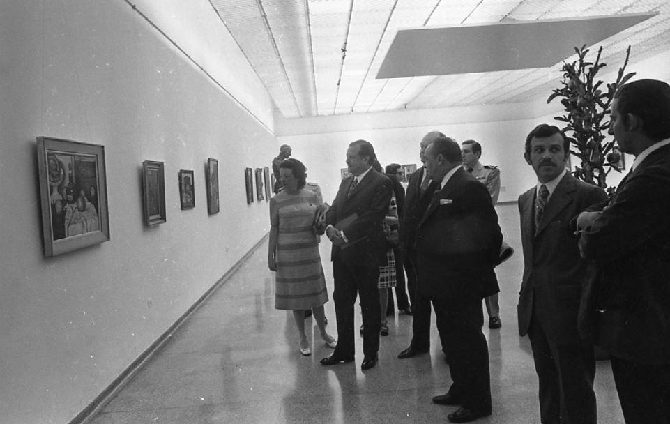 1972. Noviembre, 3. Visita a la ampliación del Museo de Bellas Artes.