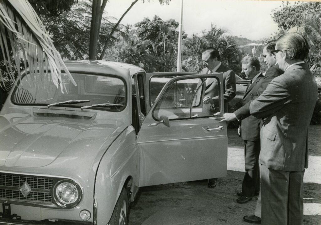 1973. Enero, 24. Presentación en La Casona de un vehículo popular a precio regulado, llamado Haydee.